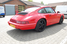 Porsche 964 with Matt black cup 2 wheels